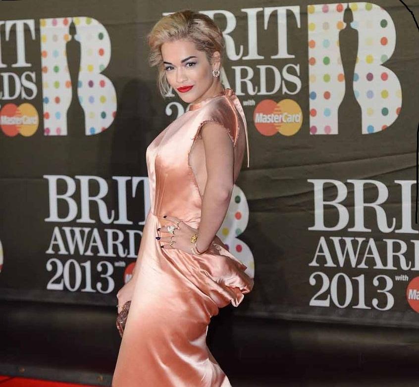 """Ţinute """"necâştigătoare"""" la BRIT Awards 2013"""