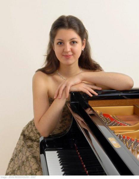 260455-pianista-dariescu