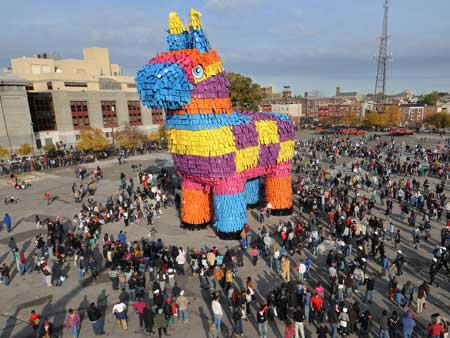 Giant-Pinata-Party