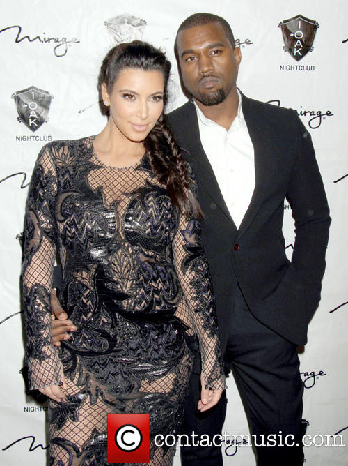 kim-kardashian-kanye-west-new-year-eve_20038241