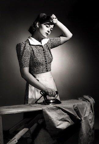 woman-ironing1