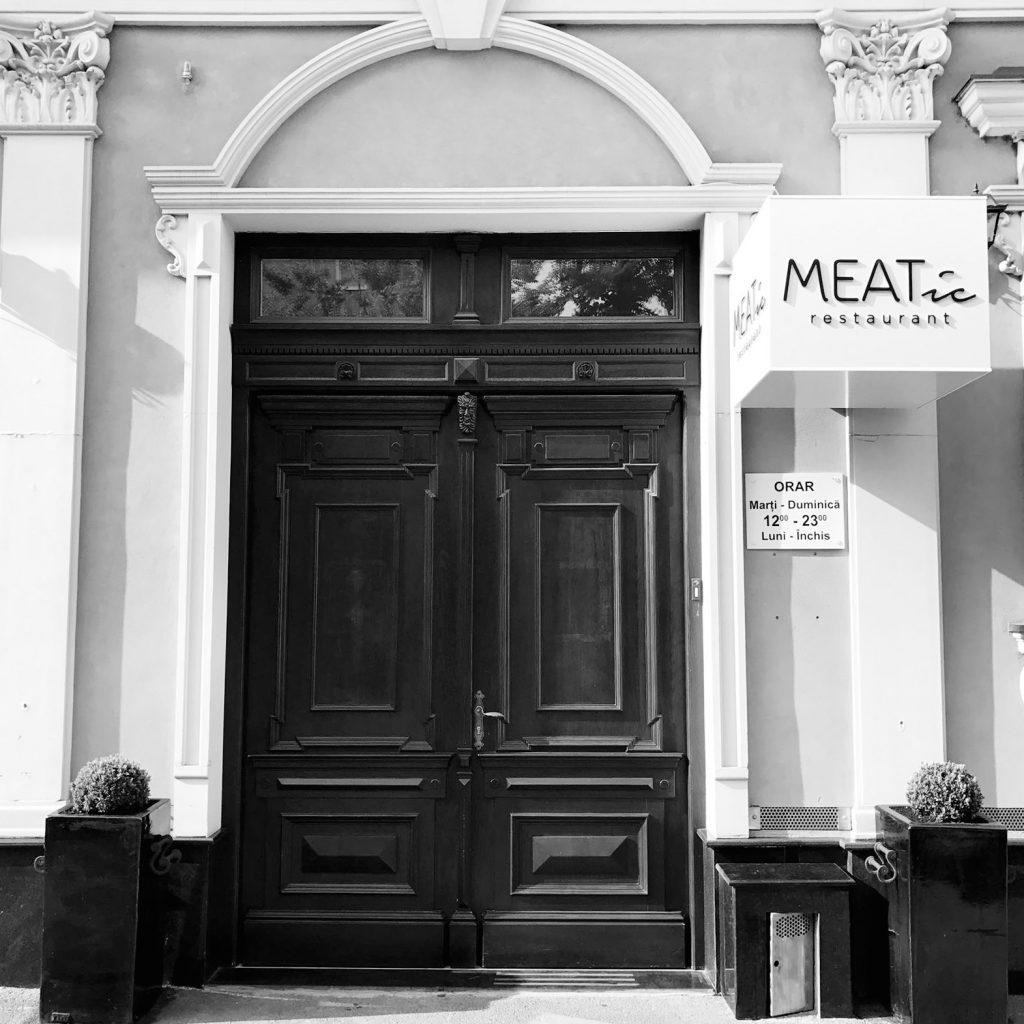 MEATic-Restaurant-by-Adi-Hadean (1)