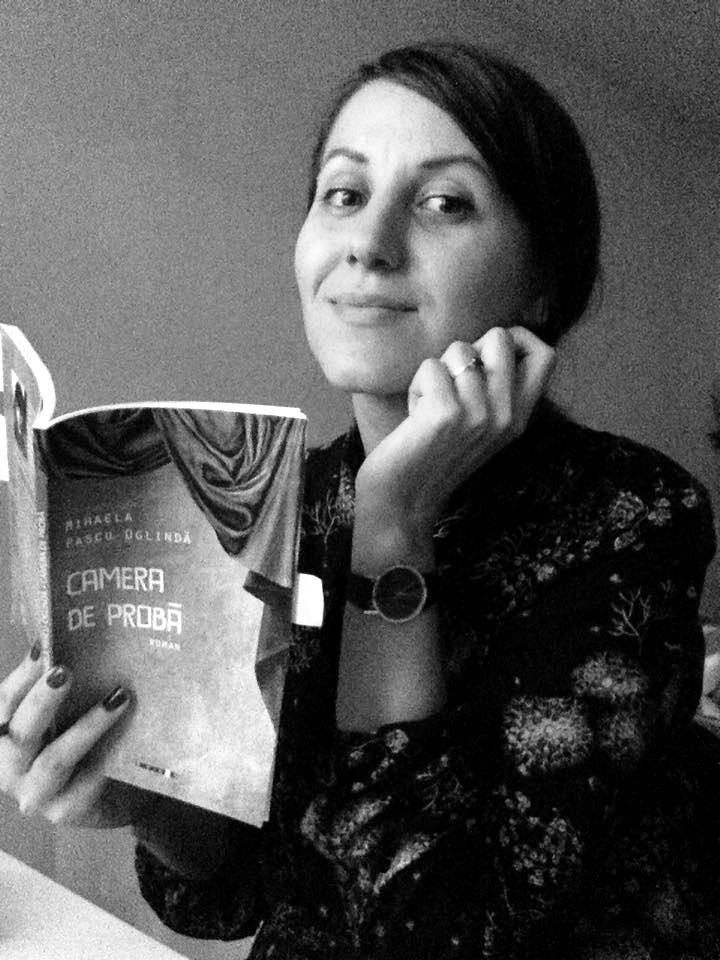 Mihaela Pascu - Oglindă