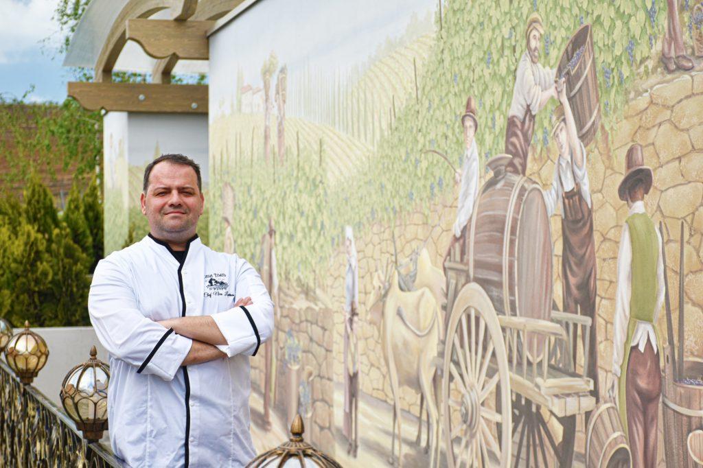 Chef Nicos Lontras